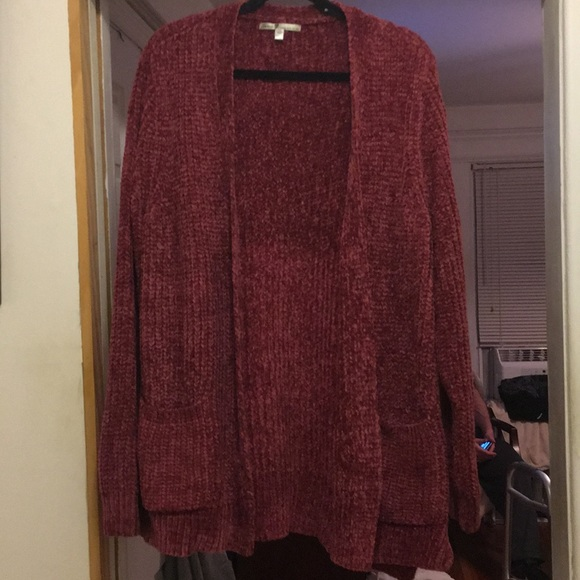 Seven7 Sweaters - Cardigan sweater, two pocket.